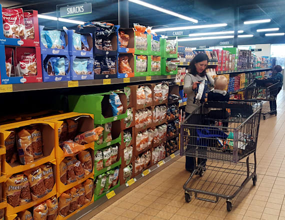 Here's where Americans are buying their groceries