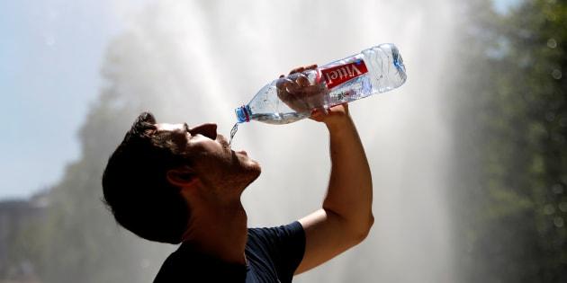 """""""L'arrêt de l'eau en bouteille va nous coûter 1 à 1,5% de notrechiffre d'affaires"""", précise le Pdg de Biocoop."""