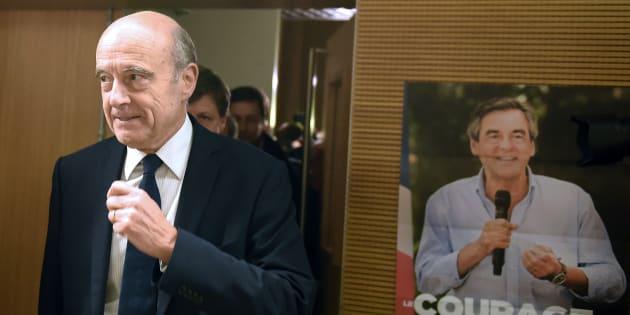 """Face au """"suicide collectif"""" de son camp, Juppé se tiendrait prêt à remplacer Fillon"""