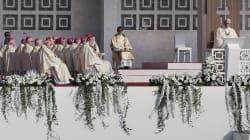Sacerdotes casados, equidad de género y menos curas: los desafíos del Papa
