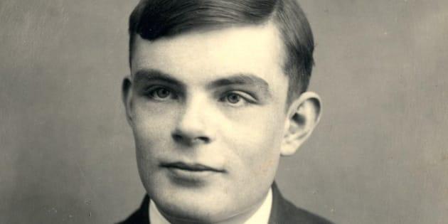 I professori di Alan Turing non credevano molto in lui, lo dimostra la pagella in mostra a Cambridge