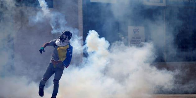 En quatre mois, les manifestations contre Maduro ont fait une centaine de morts au Venezuela