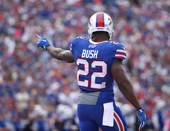 Reggie Bush is officially retiring