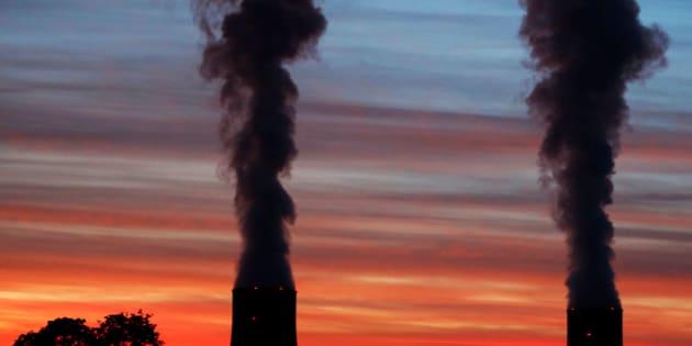 L'objectif de 2025 pour le nucléaire est-il vraiment incompatible avec la baisse du CO2 ?