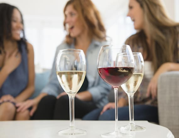 Here's the best summer wine for your zodiac sign