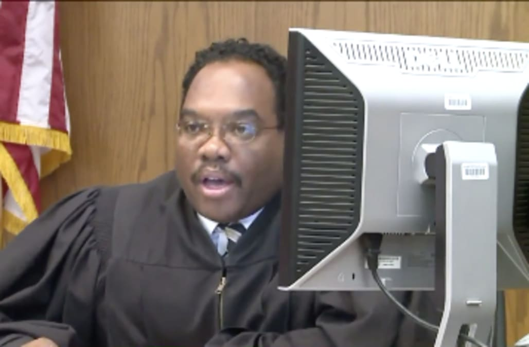 Former Ohio judge previously jailed for beating estranged