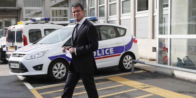 Le premier ministre a annoncé la mise en place de dispositifs anti-caillasage sur les véhicules de police en zone sensibles.