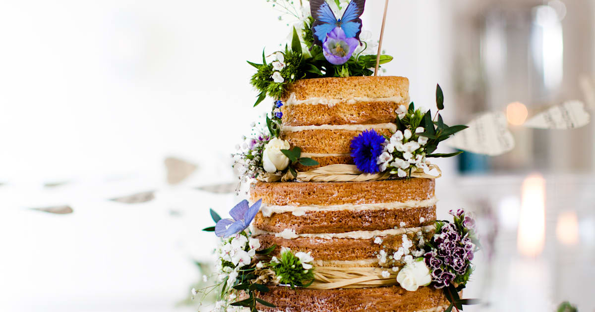 how much is a wedding cake australia these australian wedding cakes are perfection 15505