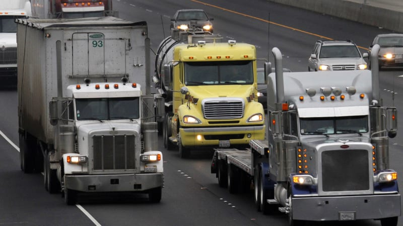 Feds propose major cuts in big-truck nitrogen oxide smog emissions