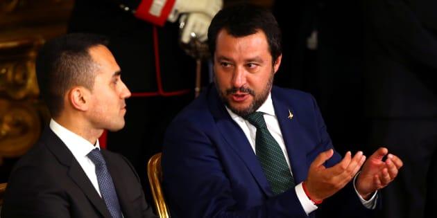 Matteo Salvini e Luigi Di Maio litigano su Silvio Berlusconi
