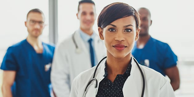 Female doctors outperformed their male counterparts on measures of 30-day readmission and 30-day mortality rates, according to a study published in JAMA Internal Medicine.