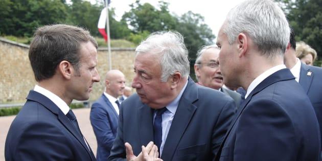Faut-il négocier ou pas avec Macron? La droite se divise sur la réforme de la Constitution.