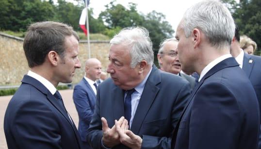 Faut-il négocier ou pas avec Macron? La droite se déchire sur la réforme de la