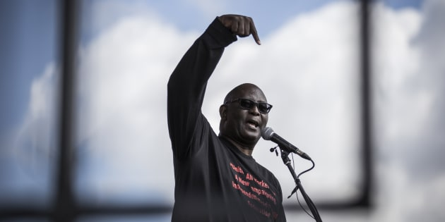 Expelled Secretary General of Congress of South African Trade Unions (COSATU) Zwelinzima Vavi addresses a crowd of National Union of Metalworkers of South Africa (NUMSA) members on May 1, 2016 in Tembisa.
