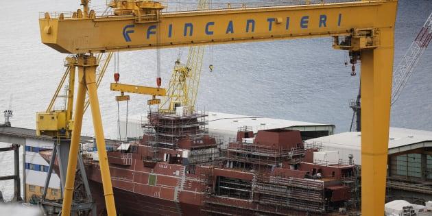 Un navire en construction dans un chantier naval de Fincantieri, le 4 janvier 2017, en Italie.
