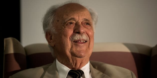 Former apartheid struggle stalwart and human rights lawyer George Bizos looks on at the inaugural George Bizos Human Rights Award in Johannesburg on March 14, 2018.