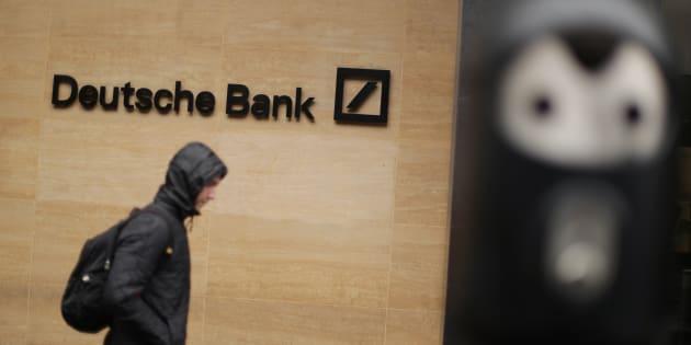 I conti in rosso di Deutsche Bank fanno cadere i listini europei