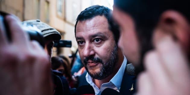 """Salvini: """"Se salta il governo la frattura è con gli italiani"""""""