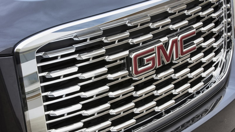 GMC Yukon Denali updated with new look, 10-speed automatic