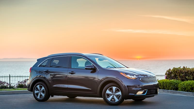 The 2018 Kia Niro Plug In Hybrid Was Introduced Thursday At 2017 Los Angeles Auto Show Adding A Considerably Larger Battery Pack To Existing