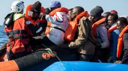 Libia, lo scontro finale e il ricatto sui migranti (di U. De