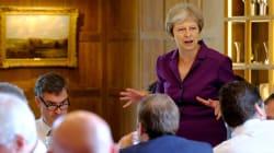 Theresa May impone a su Gobierno un Brexit
