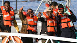 Salvini cede con l'aiutino della Chiesa Valdese: 10-15 migranti in