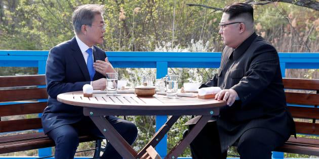 """Les deux Corées s'engagent à rechercher un """"régime"""" de paix pour mettre fin à la guerre"""