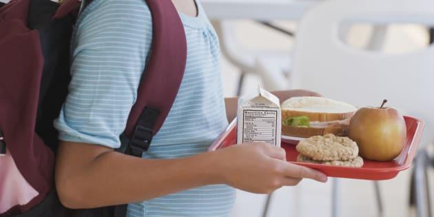 Du fromage contaminé à la listeria servi dans les cantines scolaires nantaises