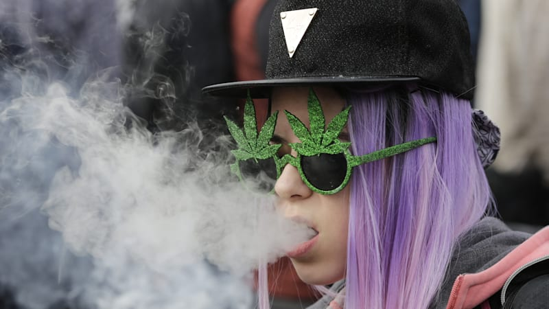 Traffic deaths increase after 4/20 pot parties