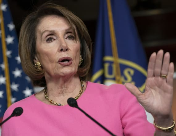 Pelosi urges Trump family to stage 'intervention'