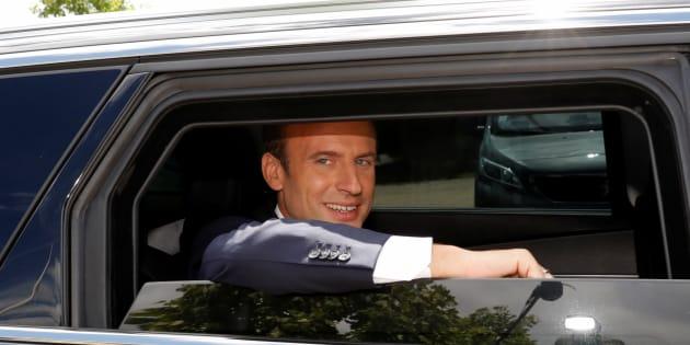 Emmanuel Macron a porté plainte contre un photographe pour harcèlement.