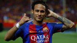 Neymar anuncia al Barcelona su salida; el club recuerda su cláusula
