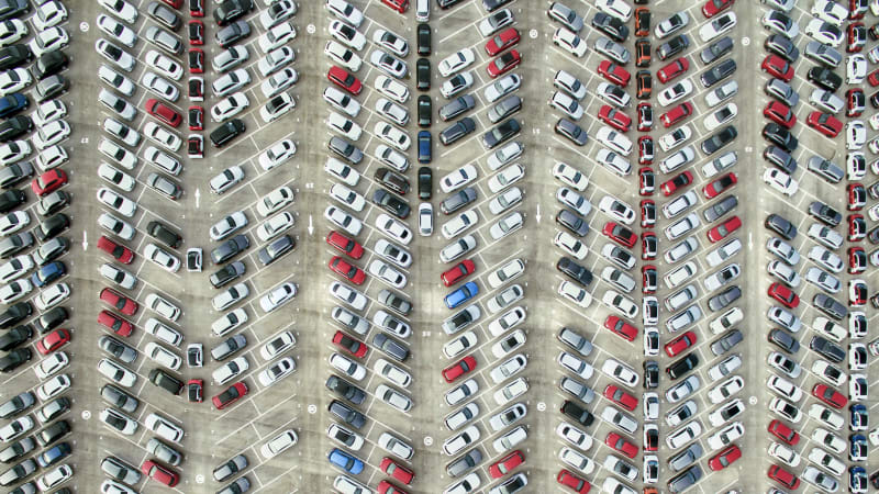 aerial-view-of-parked-cars-picture-id514047622