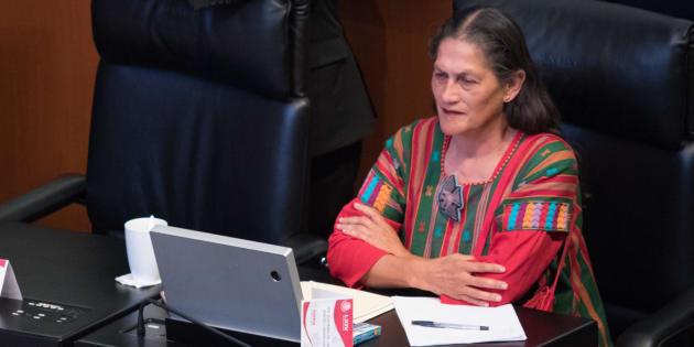 Jesusa Rodríguez ocupa la curul que dejó vacía la exministra Olga Sánchez Cordero, quien pidió licencia para ocupar el cargo de secretaria de Gobernación.