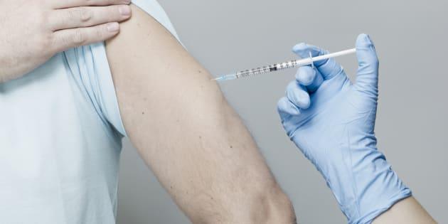 Le vaccin contre les papillomavirus est recommandé pour les jeunes hommes ayant des relations homosexuelles