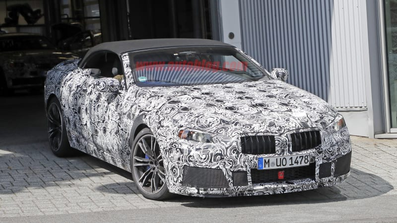 Thumbnail - BMW M8 is spotted with a convertible top