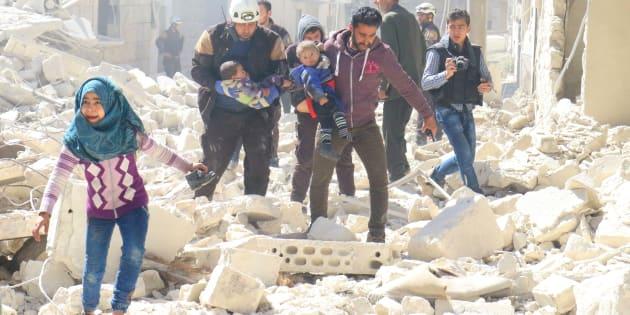 """Une nouvelle bataille à mort se prépare dans """"la poche d'Idlib"""""""