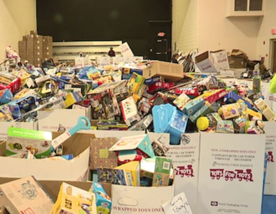 Thieves steal thousands of toys from Toys for Tots