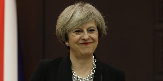 Theresa May sonne le grand retour de la politique industrielle au Royaume-Uni. REUTERS/Umit Bektas