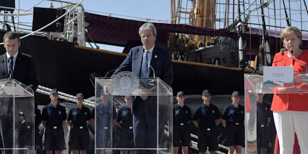 Gentiloni, serve condivisione politica migranti in Ue