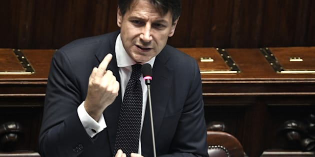 Giuseppe Conte a Montecitorio come il Re Travicello
