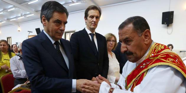 François Fillon lance un appel aux dons pour sa fondation sur les chrétiens d'orient (photo prise en 2016 lors d'une visite de Fillon dans le kurdistan irakien).