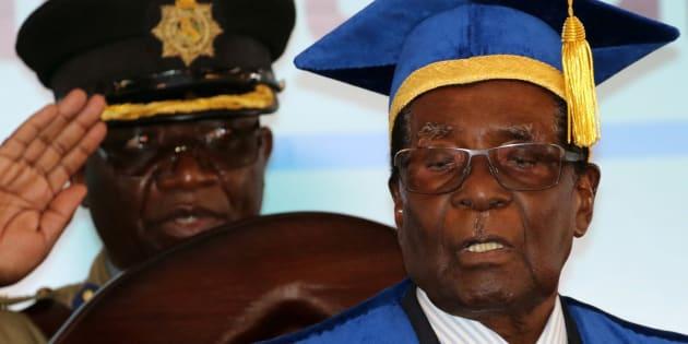Zimbabwe: Robert Mugabe évincé de la tête de la Zanu-PF, le parti au pouvoir