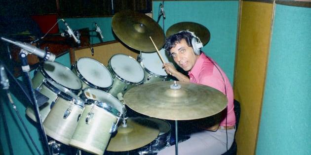 Hal Blaine, ici en studio en 1967, avait joué pour les Beach Boys, Simon & Garfunkel ou encore Nancy et Frank Sinatra.
