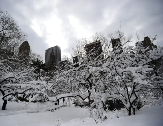 Rare thundersnow is hitting New York