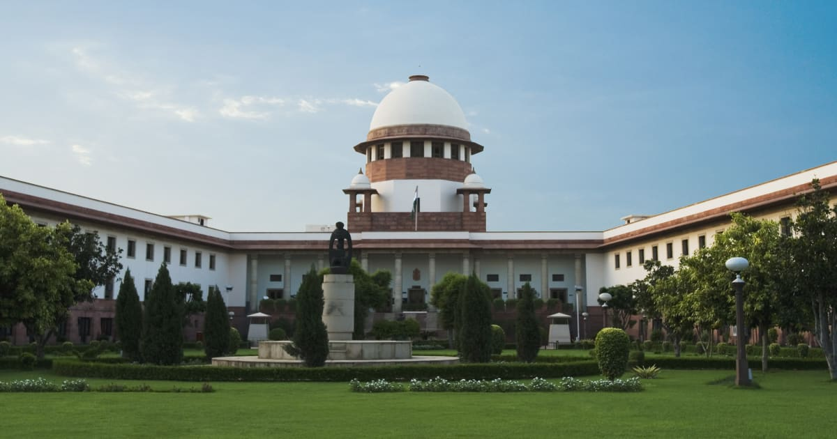 short essay on supreme court of india A guide to india's legal research and legal system  he has published more than fifty papers on various aspects of library and supreme court of india.
