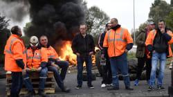 Des salariés d'Ascoval bloquent le site de leur actionnaire dans le