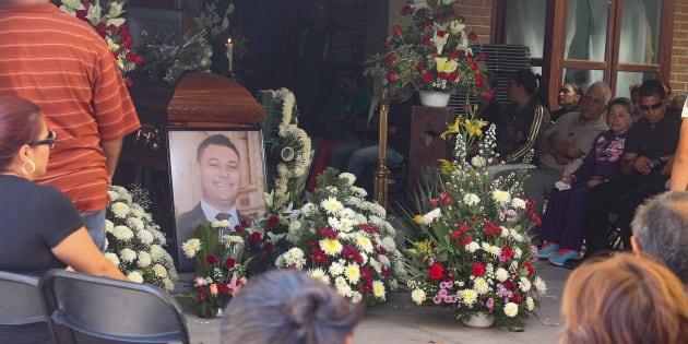 GUANAJUATO, GUANAJUATO. 12MAYO218.- Velorio del candidato de Morena a la alcaldía de Apaseo el Alto, José Remedios Aguirre Sánchez. Fue en un ataque a balazos en un parque.