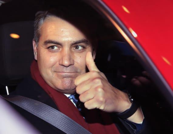 Judge orders White House to return Acosta pass